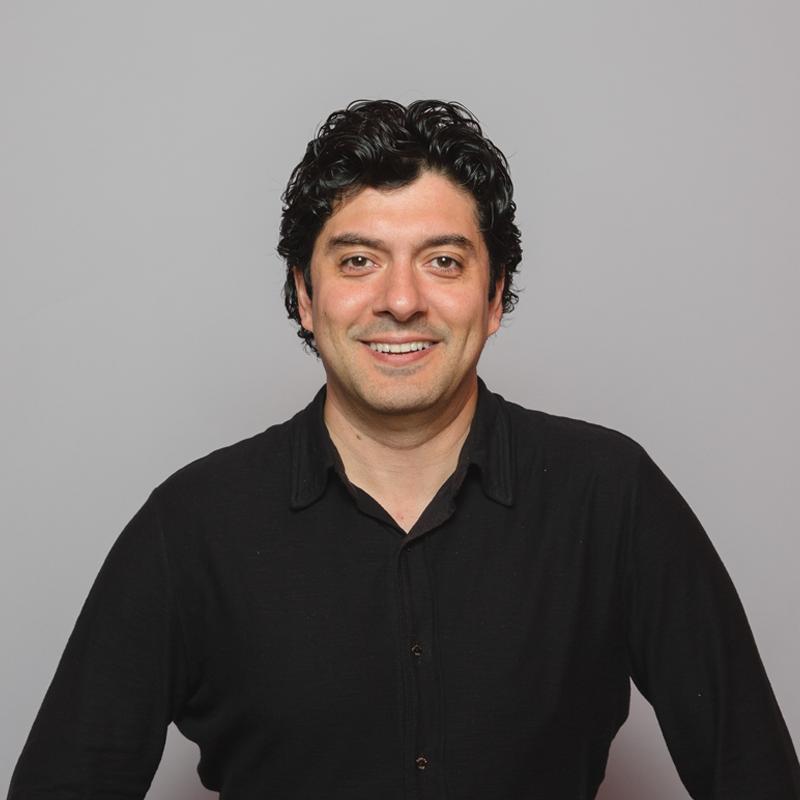 Robert Srivastava